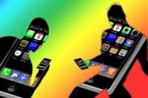 walking smartphone aps illustration