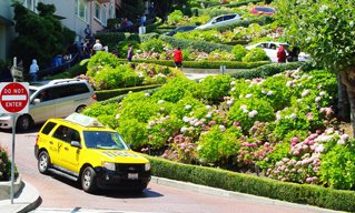 Taxi on Lombard Street